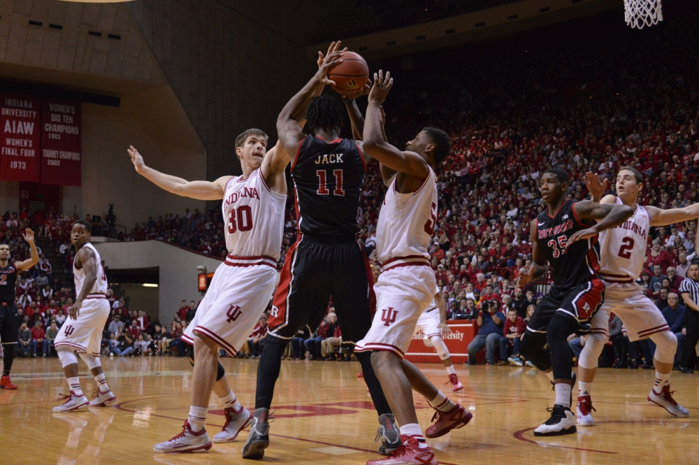 IU holds on down the stretch to beat Rutgers
